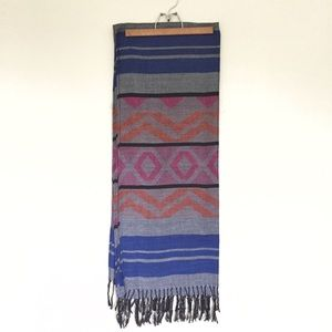 Forever 21 Aztec Patterned Fall Fringe Scarf